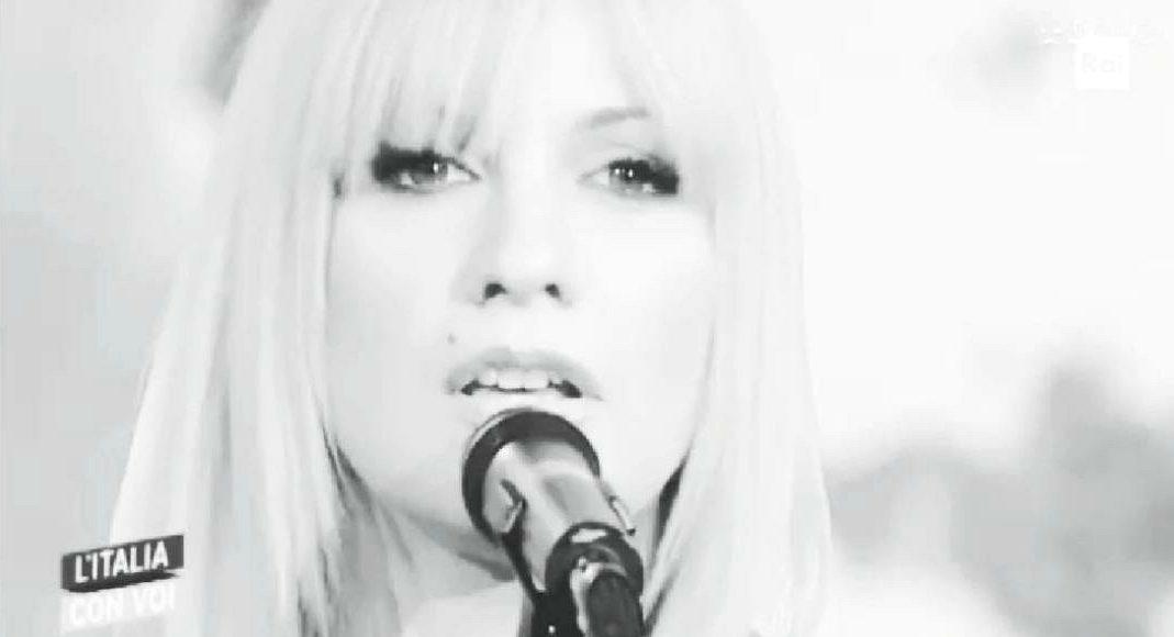 Lisa Panetta - Canta